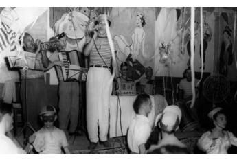 Carnaval no Adamantina Tênis Clube (ATC) na década de 60.