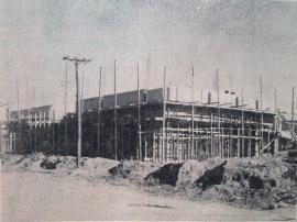 Obras para construção do prédio da Fafia, hoje campus 1 da UniFAI. Jornal O Adamantinense, 1967.