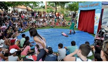 Atividades da Secretaria Municipal de Cultura e Turismo, em Adamantina, no período de 2005 a 2012 (Imagens: Acervo Pessoal).