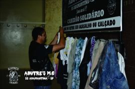Cabidão Solidário simplifica a prática solidária entre aqueles que doam e os que recebem, iniciativa do Abutre?s Moto Clube (Divulgação).