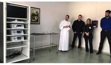 Com recursos de leilão de gado e Nota Fiscal Paulista, Santa Casa adquire aparelho de videocirurgia
