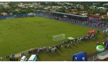 Parque Iguacú/Xandy Chopp e Lagoa Seca estão na final da Copa Regional de Futebol Veteranos