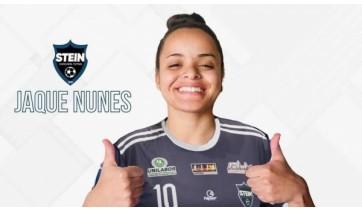 Adamantinense de 20 anos é contratada para atuar no futsal feminino de time paranaense