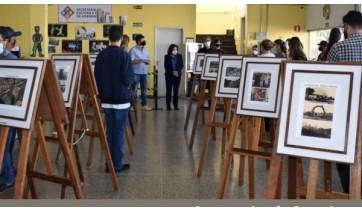 Exposição foi aberta nesta segunda-feira e segue até 30 de junho, na Biblioteca Municipal (Divulgação/PMA).