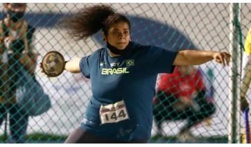 Izabela Rodrigues da Silva compete com arremesso de disco (Reprodução/Instagram).