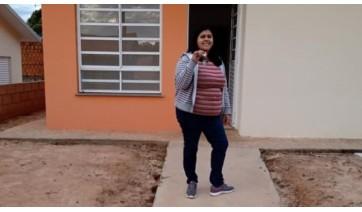 Moradores das novas casas do Mário Covas receberam as chaves dos imóveis