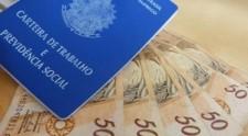 Governo eleva salário mínimo para R$ 1.045