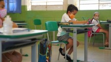 Retomada: decisão de enviar os estudantes às aulas presenciais é dos pais