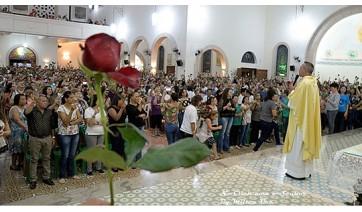 Mais de 1600 devotos de Santa Rita participam de missa na Paróquia Santo Antônio