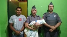 Recém-nascido de 5 dias engasga e é salvo por policiais militares em Lucélia
