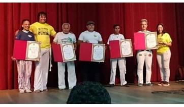 Capoeira e reconhecimento: mestre Sara é homenageada em Curitiba
