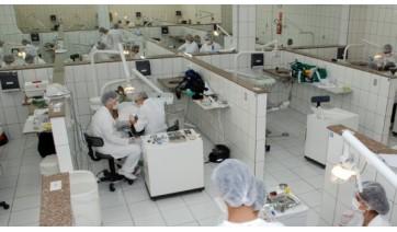 Universitários cobram manutenção na clínica de odonto da UniFAI: compressores sem funcionar