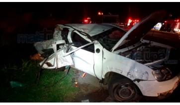 Homem e filho de 3 anos morrem em acidente na SP-294