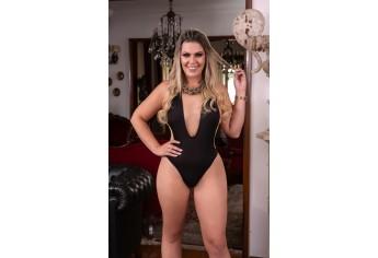 Finalista do concurso Musa do Brasil 2018, a loira agora busca o título de mulher mais bonita e elegante do país ao lado de outras 26 concorrentes (Foto: Daniel Cespedes/M2 Mídia).