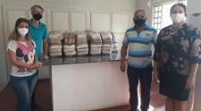 Fundo Social recebe doações de alimentos da Seicho-No-Iê, Igreja Presbiteriana e torcida Daliverdão