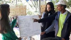 O guardião José Luiz das Chagas aproveita o encontro para explanar os fundamentos da prática milenar de autoprodução de sementes (Foto: Acervo Pessoal).
