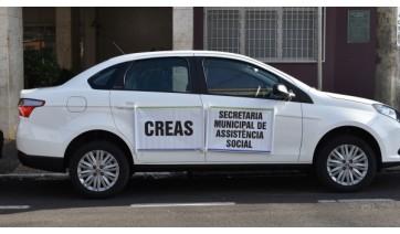 Trânsito e CREAS recebem novos veículos