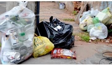 Há coleta de lixo orgânico e lixo reciclável, realizado pela Prefeitura, em Adamantina (Arquivo/Siga Mais).