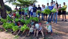 ProEduc-FAI e projetos de Extens�o impulsionam produ��o em hortas e pomares de Adamantina