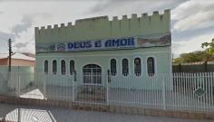 Bandidos invadem igreja evangélica e levam dinheiro de cofre