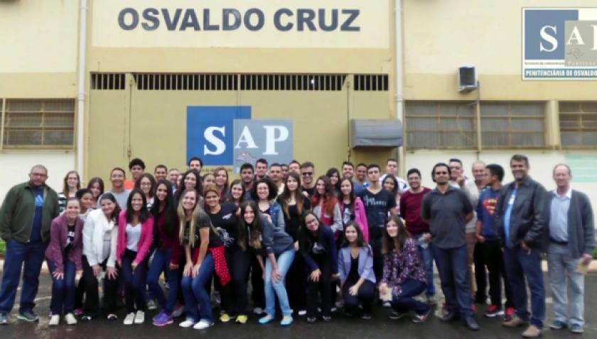 Alunos de Direito visitam a Penitenciária de Osvaldo Cruz