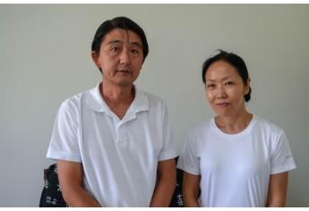 O terapeuta Nelson Matsuda e a acupunturista e massoterapeuta sensei Hiromi Matsuda, realizam atendimentos em Adamantina (Foto: Maikon Moraes).