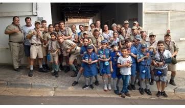 Escoteiros de Adamantina na campanha do agasalho 2019
