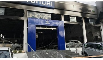 Incêndio atinge concessionária de carros em Araçatuba; cliente insatisfeito pode ter sido o autor