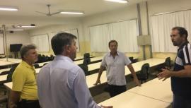 Técnicos do Centro Paula Souza estiveram nesta quinta-feira em Adamantina, visando a implantação da FATEC no antigo Cefam (Foto: Da Assessoria).