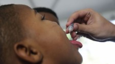 Vacinação contra poliomielite e para atualização da caderneta entra na última semana