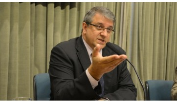 Deputado Reinaldo Alguz deixa a UTI e se recupera da Covid-19 em quarto do hospital