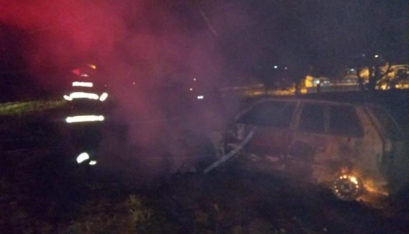 Homem põe fogo em veículos da ex-mulher e ex-sogra e tira a própria vida no dia seguinte