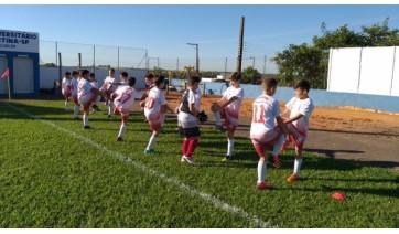 Instituição Capaz abre inscrições para treinos de futebol de futsal