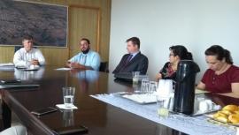 Reunião para detalhamento dos trabalhos, compromissos e responsabilidades foi realizada na manhã desta terça-feira, em Adamantina (Fotos: Cedidas).