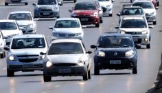 Fiscaliza��o sobre o uso do farol durante o dia volta a vigorar em todas as rodovias