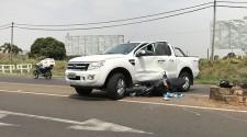 Acidente entre camionete e moto deixa motociclista ferido na Moysés Justino da Silva