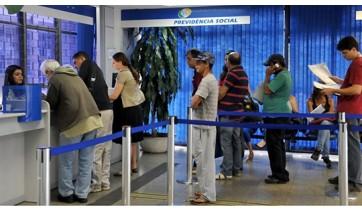 Segundo o governo federal, há mais de 2 milhões de benefícios que precisam ser auditados, porque têm algum indício de ilicitude (Foto: Antonio Cruz/Agência Brasil).