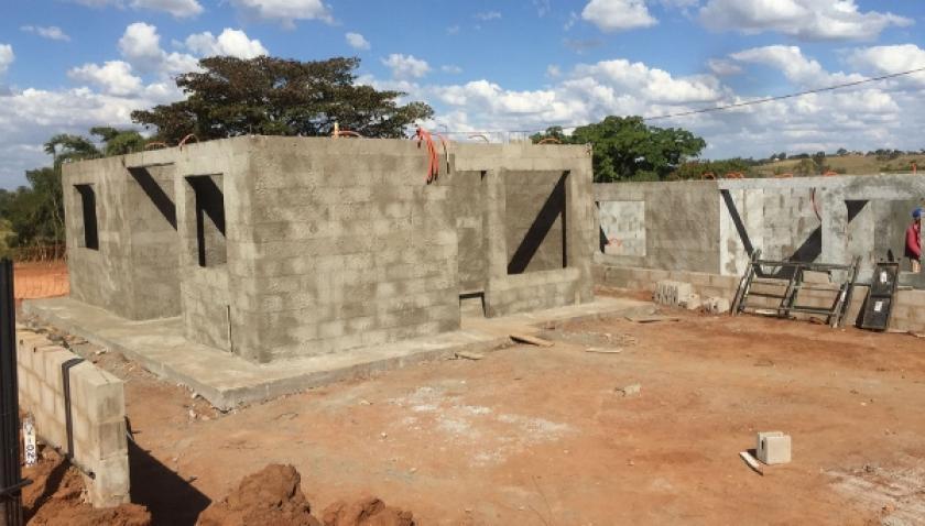 Itamarati e Mário Covas: 99 casas populares em construção