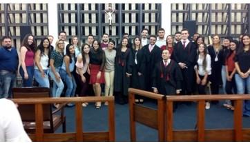 Alunos de direito participam do II Júri Simulado no Fórum de Adamantina