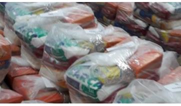 Secretaria de Educação de Adamantina distribui kits de alimentação