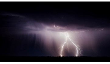 Energisa se mobiliza e orienta público sobre cuidados no período de chuvas pesadas, acompanhado de fortes ventos e raios (Ilustração/Pixabay).