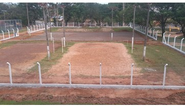 Com convênio conquistado em 2013, são iniciadas obras em estrutura esportiva no Parque dos Pioneiros
