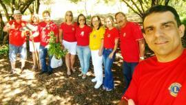 Além do Seminário, houve também o plantio de 35 mudas de  árvores em uma praça da cidade, mantida pelo Lions Clube de Adamantina (Assessoria de Imprensa).