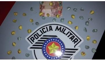 PM realiza operação em Adamantina: apreende drogas, prende três pessoas e recupera veículo