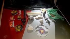 Duas mulheres são presas por tráfico de drogas durante fiscalização em ônibus
