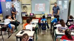 Projeto Bombeiro Educador tem in�cio na EMEF Eurico Leite de Morais