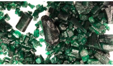 Receita Federal apreende 2,5 kg de esmeraldas em Bauru