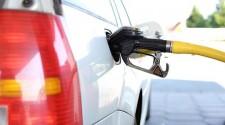Mais cara: Petrobras reajusta gasolina em 2,8%