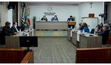 Vereadores apresentam requerimento para convocar reitor; pedido é retirado pela vereadora Dinha
