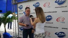 Pró-reitor de Ensino, Andrey Borges Teixeira, em entrevista para a Rádio Cultura (Foto: Jhonas D. Zago Pires).